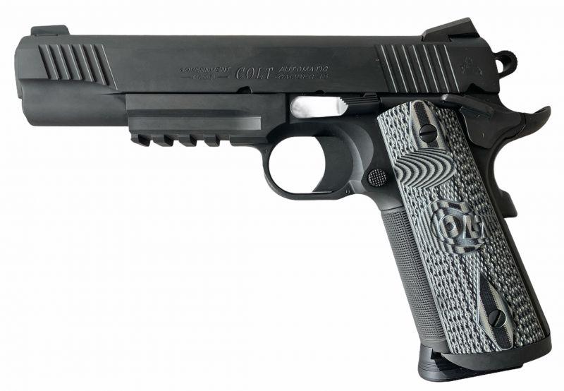 Pistolet COLT 1911 GOVERNMENT Combat Unit Rail cal.45 ACP