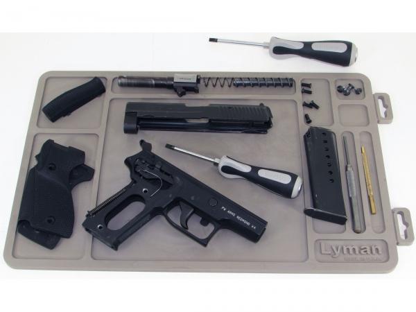 Tapis de démontage et de nettoyage pour pistolet LYMAN 40x25cm