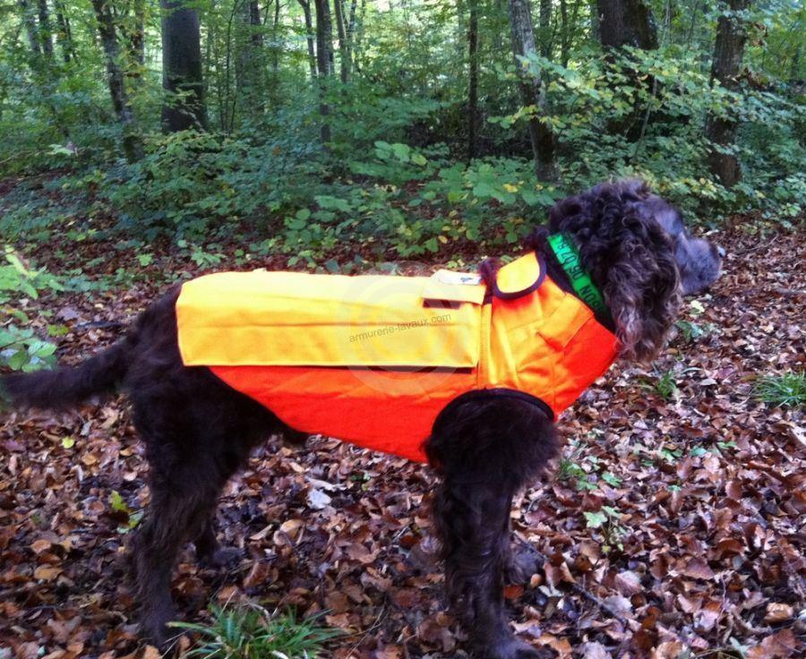 gilet de protection pour chien ayrton 39 taille 4 5 rayon chasse sur armurerie lavaux. Black Bedroom Furniture Sets. Home Design Ideas