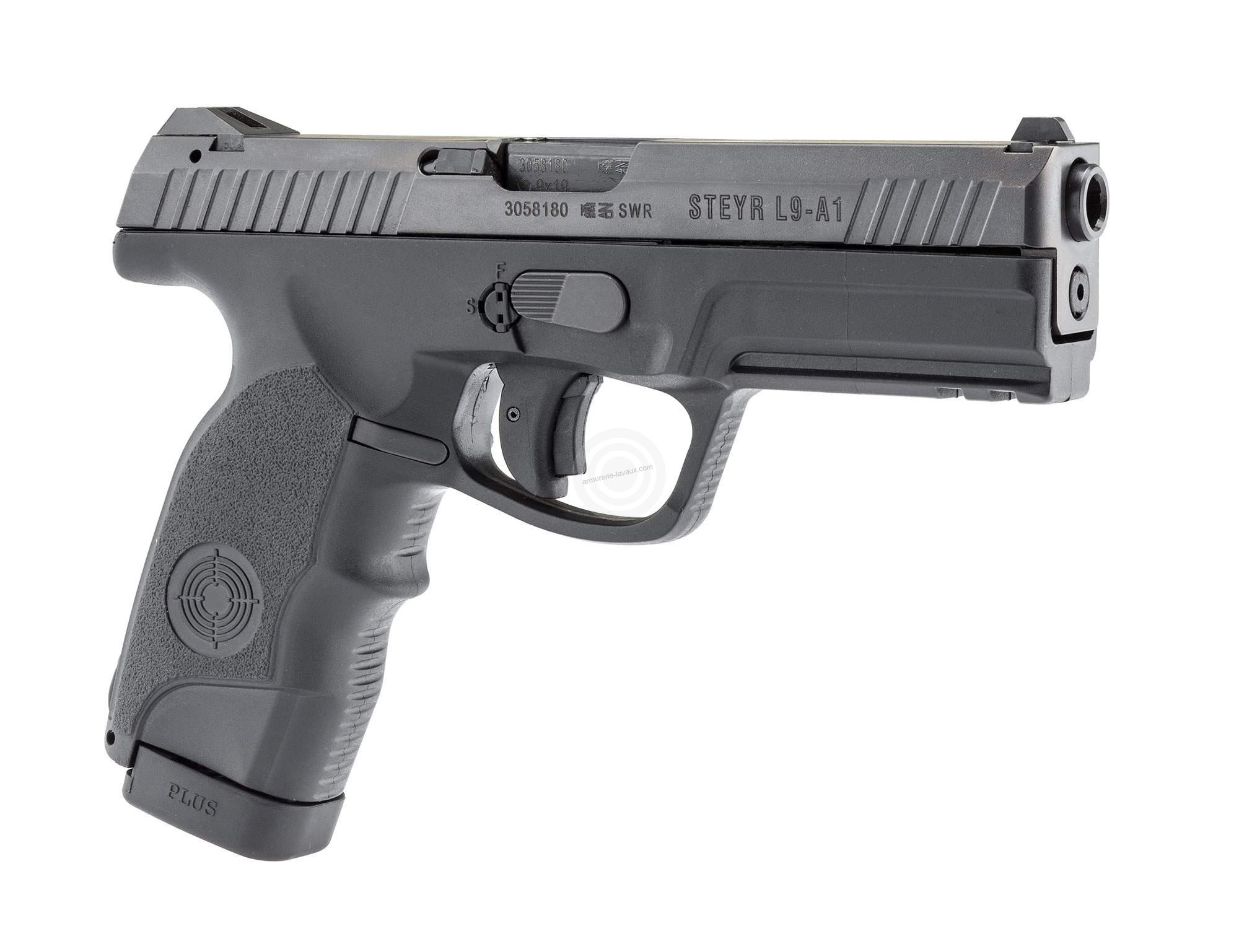 Pistolet STEYR L9-A1 cal.9mm PARA